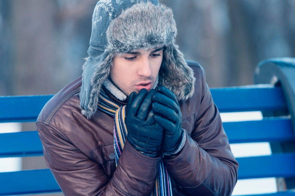 El-frio-aumenta-las-probabilidades-de-padecer-una-gripa1-min
